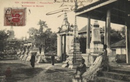 CAMBODGE  PHOM PENH Tombeaux Des Bonzes + Timnre 15 Surchargé 05 Indochine RV - Kambodscha