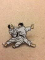 Pins  Judo - Judo