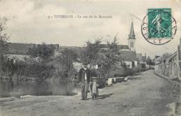 CPA 45 Loiret Tivernon La Rue De La Mercerie - France