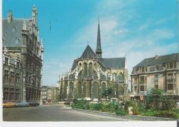 LEUVEN - LOUVAIN. CP Place Foch Et L'Eglise Saint Pierre - Leuven
