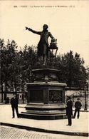 CPA Paris 9e - La Statue De Lavoisier (273835) - Standbeelden