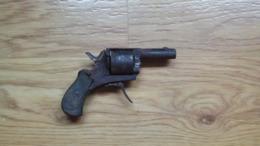 Pistolet à Broche à Restaurer - Armes Neutralisées