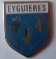 HERALDIQUE ECU  EYGUIERES 13 - Patches