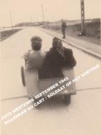 FOTO WESTENDE SEPTEMBER 1945 / BILLENKAR GO CART / SOLDAAT OP HET VOETPAD - Westende