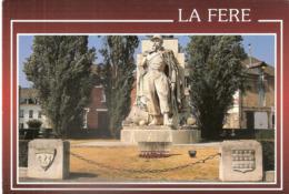 CPSM DE LA FERE ARTILLEUR DU PONT DE L'ALMA - France