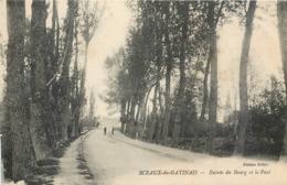 CPA 45 Loiret Sceaux Du Gatinais Entrée Du Bourg Et Le Pont - France