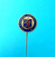 GLASGOW RANGERS FC -  Scotland Football Soccer Club Vintage Enamel Pin Fussball Calcio Futbol Futebol Scottish British - Voetbal