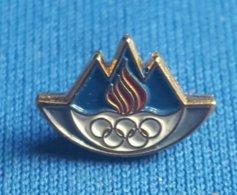 OLYMPIC GAMES - SLOVENIA NOC  Badge / Pin # 2 - Olympische Spelen