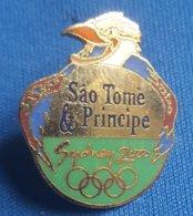 OLYMPIC GAMES, SYDNEY 2002, SAO TOME & PRINCIPE  NOC  Enamel Badge / Pin - Olympische Spelen