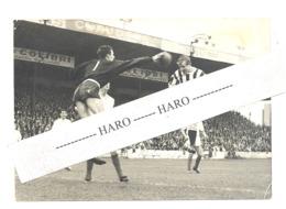 Photo ( 13 X 18 Cm) Match De Football SC Charleroi - La Gantoise + Commentaire Bilingue FR/NL . (b269) - Sports