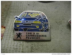 Pin's 106 XSI Bleue, Atelier Carrosserie Usine Peugeot - Peugeot