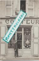 Sarthe : LE  MANS  :  Carte  Photo : Coiffeur L. Vallée  18 Place De L '  Eperon - Le Mans
