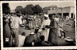 Cp Bangui Zentralafrikanische Republik, Le Marché, Straßenhändler - Postkaarten