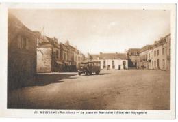 MUZILLAC (56) La Place Du Marché Hotel Des Voyageurs Petit Autobus - Otros Municipios