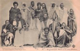 SOUDAN - Un Grand Chef Maure Et Sa Suite - Sudan