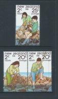 New Zealand 1981 Children At The Seaside Health Set Of 3 MNH - Nueva Zelanda