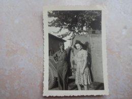 Photo Ancienne Guerre 39 / 45 Français Incorporé Dans L'armée Américaine Devant Véhicule Militaire 1944 - Libération - War, Military