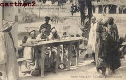 TRIBUNAL INDIGENE DANS UN POSTE SCENE AFRIQUE OCCIDENTALE - Cartes Postales