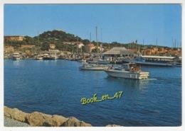 {72386} 83 Var Ile De Porquerolles , L' Arrivée Au Port ; Animée , Bateaux - Porquerolles