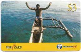 Fiji - Telecom Fiji - Bula Fiji Tourism, Canoeing, Cn.99094, Remote Mem. 3$, Used - Fidji