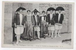 LE POULIGUEN - N° 632 - GROUPE DE PALUDIERS EN COSTUMES DE FETES - CPA  NON VOYAGEE - Le Pouliguen