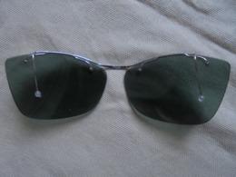 Vintage - Clips Solaires Verres Plastique (France) Pour Lunettes De Vue - Sun Glasses