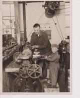 SON OF A BUSHEY MOTOR ENGINEER GARAGE CARS MOTOR MOTORIST   +- 20*15CMFonds Victor FORBIN (1864-1947) - Fotos