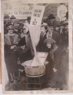 MAKING HIM TO PAY A BET PAUL VOGT CENTRAL THEATRE ZIG ZAG MASSACHUSETTS SENAT +- 21*16CMFonds Victor FORBIN (1864-1947) - Fotos