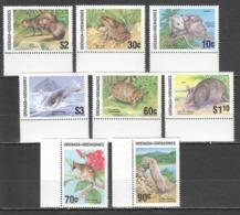 C036 1986 GRENADA GRENADINES FAUNA WILD ANIMALS #787-94 MICHEL 13 EURO SET MNH - Briefmarken