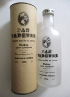 BOUTEILLE VODKA WODKA PAN TADEUSZ 1999 VIDE ET SON ETUI ZIELONA GORA POLOGNE POLAND - Altri Bottiglie