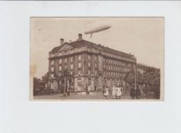 AVIATION - DIRIGEABLE - HAMBURG - HOTEL ESPLANADE - CARTE PHOTO - 1941 - Dirigeables