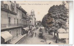 65 - TARBES / PLACE DE LA REPUBLIQUE ET RUE PERE - Tarbes