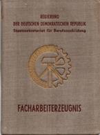 """(Kart-ZD) DDR FACHARBEITERZEUGNIS """"Maschinenschlosser"""" Ausgest. Görlitz 31.8.1952 EKM GÖRLITZER MASCHINENBAU - Documents Historiques"""