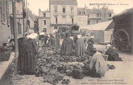22 . N°105870 . St Brieuc .marche Aux Sabots .place De La Prefecture . - Saint-Brieuc