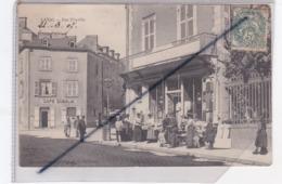 Laval (53) Rue Joinville / Café Queslin / Bonneterie - Laval