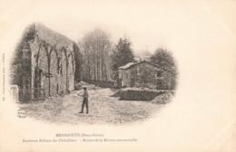79 Menigoute Ancienne Abbaye Des Chateliers Chatelliers Ruines De La Maison Conventuelle - Otros Municipios
