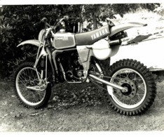 Yamaha Chenx Amaha +-26cm X 20cm  Moto MOTOCROSS MOTORCYCLE Douglas J Jackson Archive Of Motorcycles - Fotos
