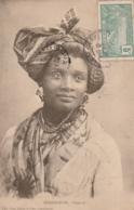 ***  Guadeloupe - Type - Femme En Habit Folklorique, TB (feuillets Recollés) - TB - Other