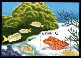Granada Hoja Bloque Nº Yvert 152 ** PECES (FISHES) Valor Catálogo 7.5€ - Grenada (1974-...)
