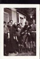 Photo Scouts A Bolbec Avec Le Pere Louvel 1930 - Documenten