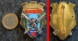 Insigne Armée Française 54° RA Régiment D'Artillerie à HYÈRES 83 DRAGO N° 3177 - Landmacht