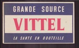 "Buvard ( 19.5 X 11.5 Cm ) "" Vittel Grande Source "" - Buvards, Protège-cahiers Illustrés"