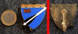 Insigne Armée Française 402° RAA Régiment D'Artillerie Anti-aérienne BOUSSEMART N° 2001 - Landmacht