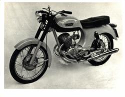 Laverda 200cc Twin 1962-68  +-25cm X 20cm  Moto MOTOCROSS MOTORCYCLE Douglas J Jackson Archive Of Motorcycles - Other