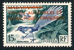 TAAF 1955 - Yv. 1 *   Cote= 22,00 EUR - Faune. Oiseau. Timbre De Madagascar Surchargé  ..Réf.TAF21034 - Terres Australes Et Antarctiques Françaises (TAAF)