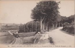 727... Saint-Michel-En-Grève, Passage Du Train, Vallée De Kerropars - France (22) - Saint-Michel-en-Grève