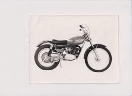 Saracen 125 Invader Trials +-20cm X 14cm  Moto MOTOCROSS MOTORCYCLE Douglas J Jackson Archive Of Motorcycles - Other