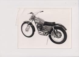 Saracen 125 Invader Trials +-20cm X 15cm  Moto MOTOCROSS MOTORCYCLE Douglas J Jackson Archive Of Motorcycles - Andere