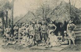 """Gebruder Marquardt's Volkerschaftliche . Schaustellung """" Die Samoaner """" In Der Mitte Furst Tamasese . Vahiné - Samoa"""
