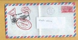 Enveloppe Circulée En France En 1970  Pour La Rochelle Avec Cachets D'immigration Et D'ambassades ? - Variedades Y Curiosidades